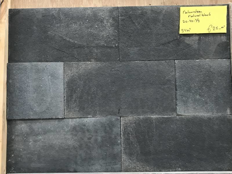 34 m² Natural black 20x40x2-3 cm