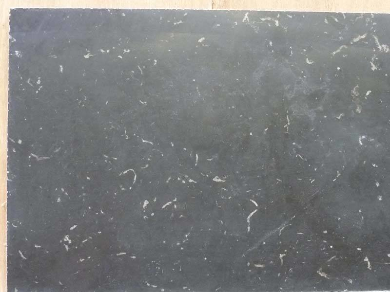 China Black 50x50x1,2 Getrommeld