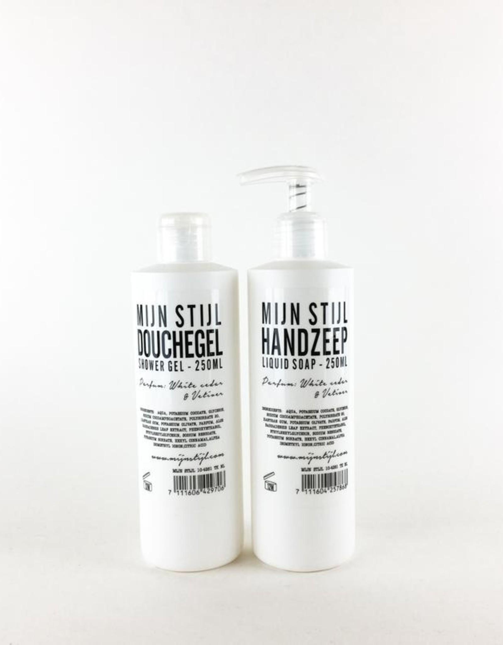 Mijn stijl Douchegel parfum White Cedar en Vetiver 250ml