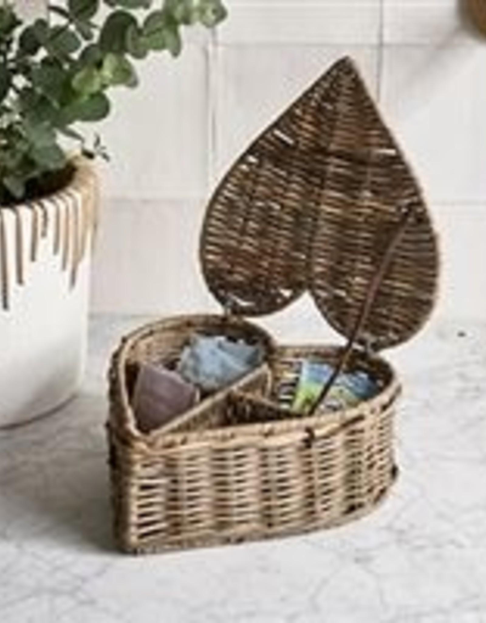 Riviera Maison Rustic Rattan Heart Shape Tea Box