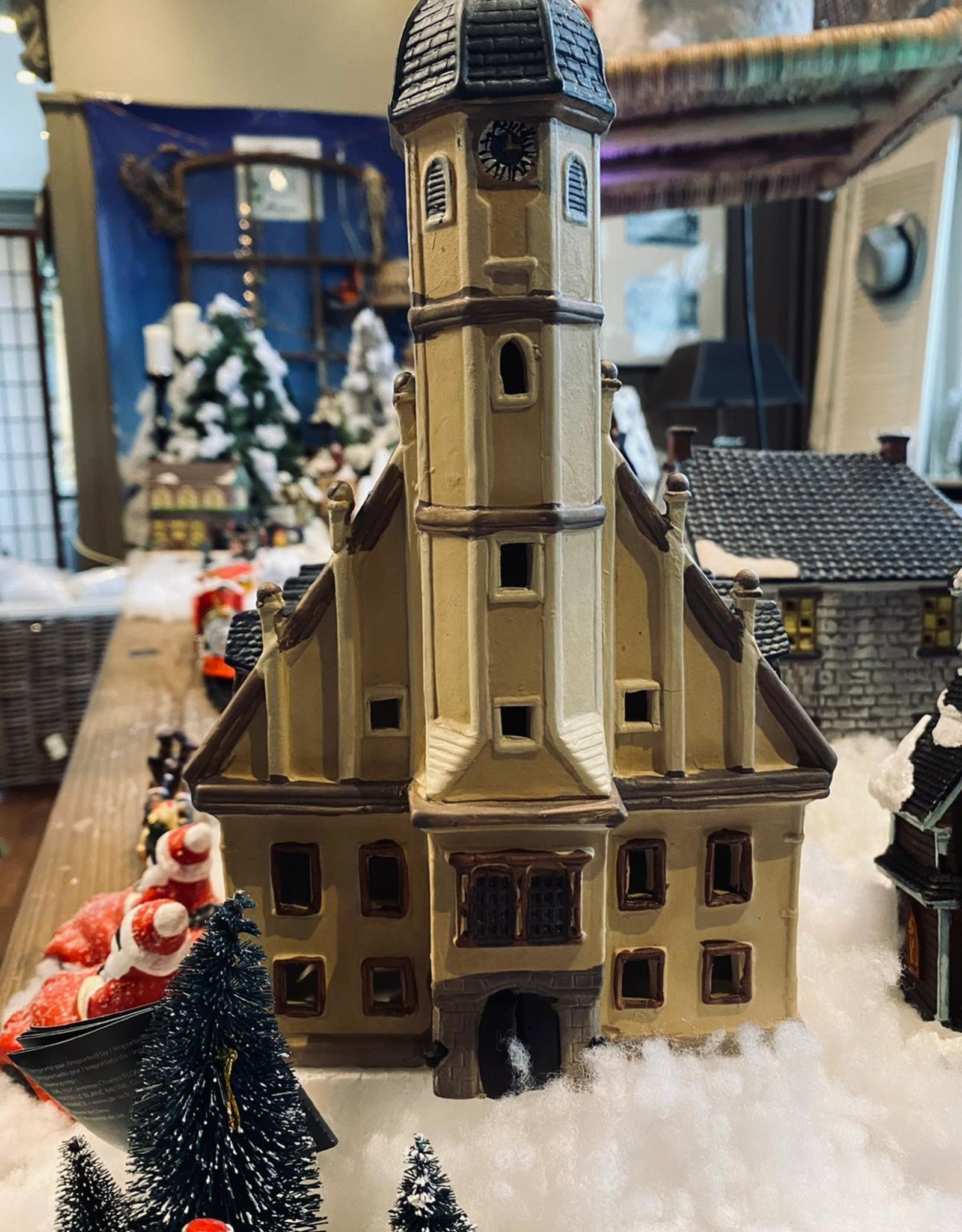 Gemeentehuis voor kerstdorp