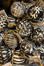 Mix Box kerstbal Zwart/wit