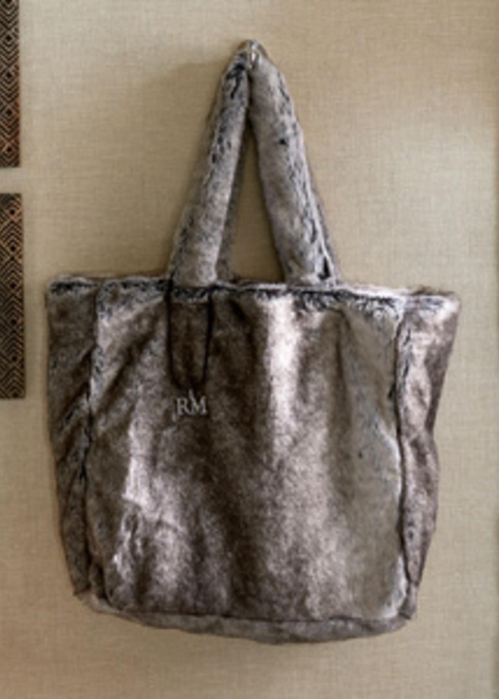 Riviera Maison Fabulous Faux Fur Bag grey