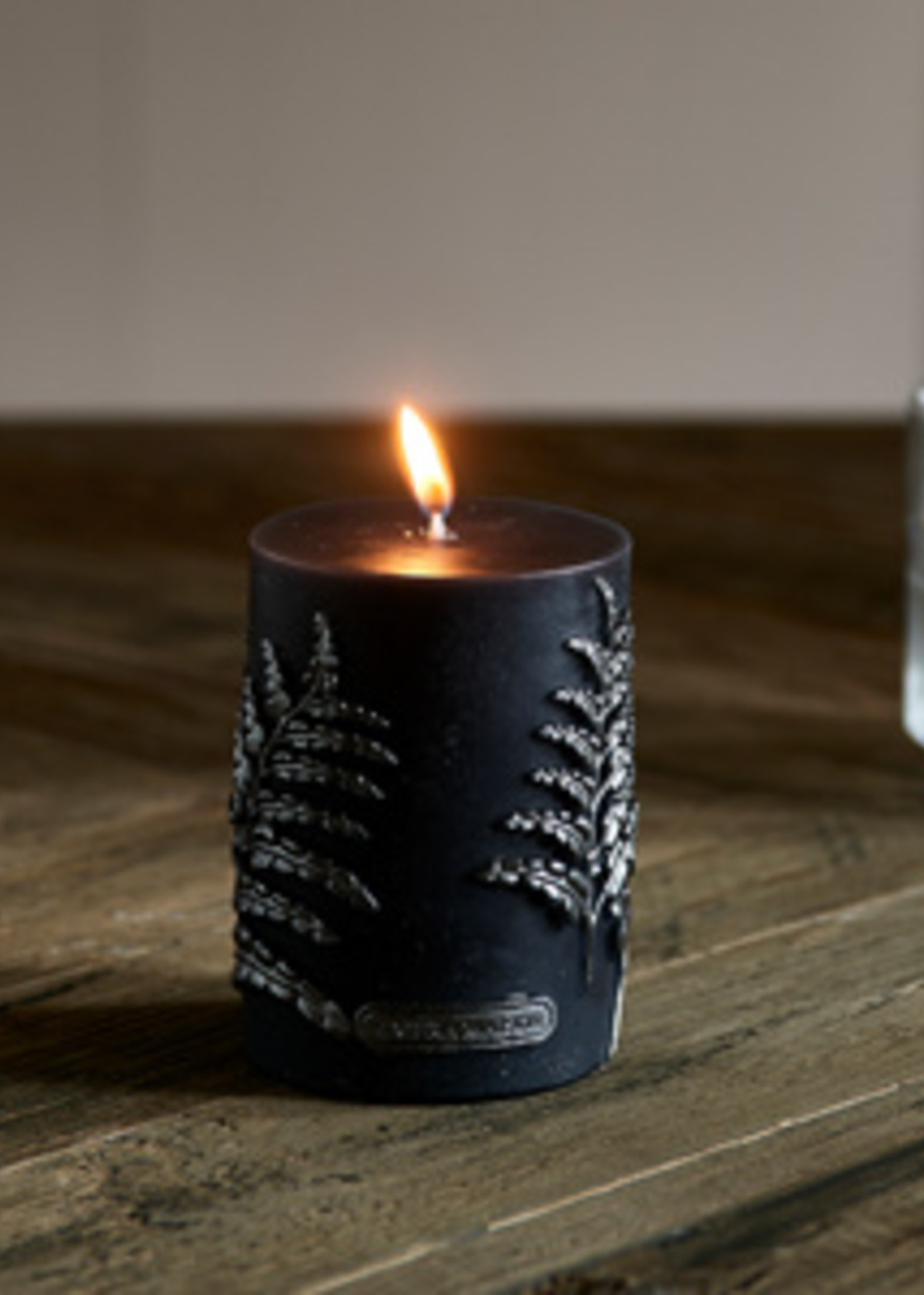 Riviera Maison Luxe Fern Candle 7x10