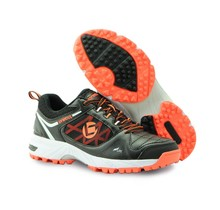 Tribute shoe Black/Orange