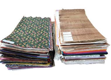 Grote vellen handgeschept papier