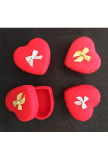 . Ensemble de 4 boîtes en forme de coeur
