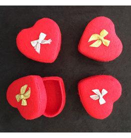 TH762 Ensemble de 4 boîtes en forme de coeur