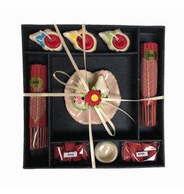 TH086 Geschenkverpackung Weihrauchhalter und Kerzen