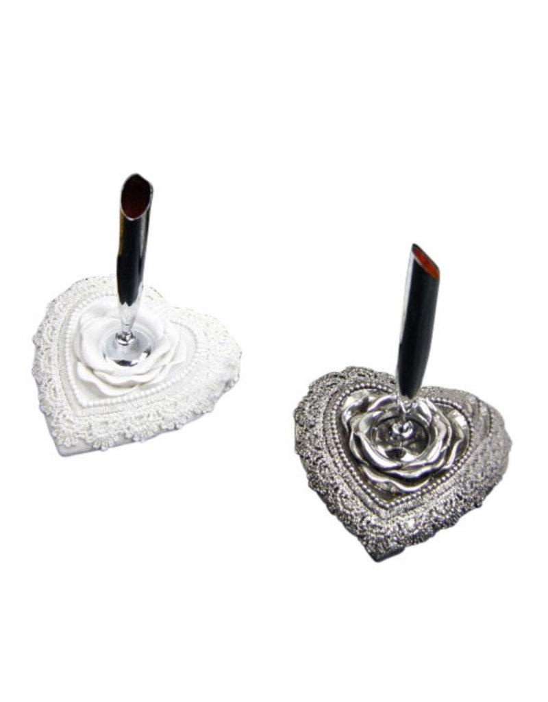 Penholder heartshape