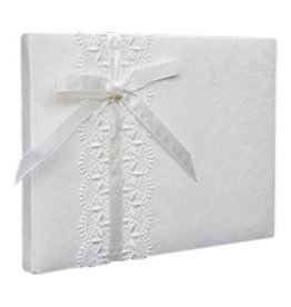 TH185 Album with lace ribbon and bow