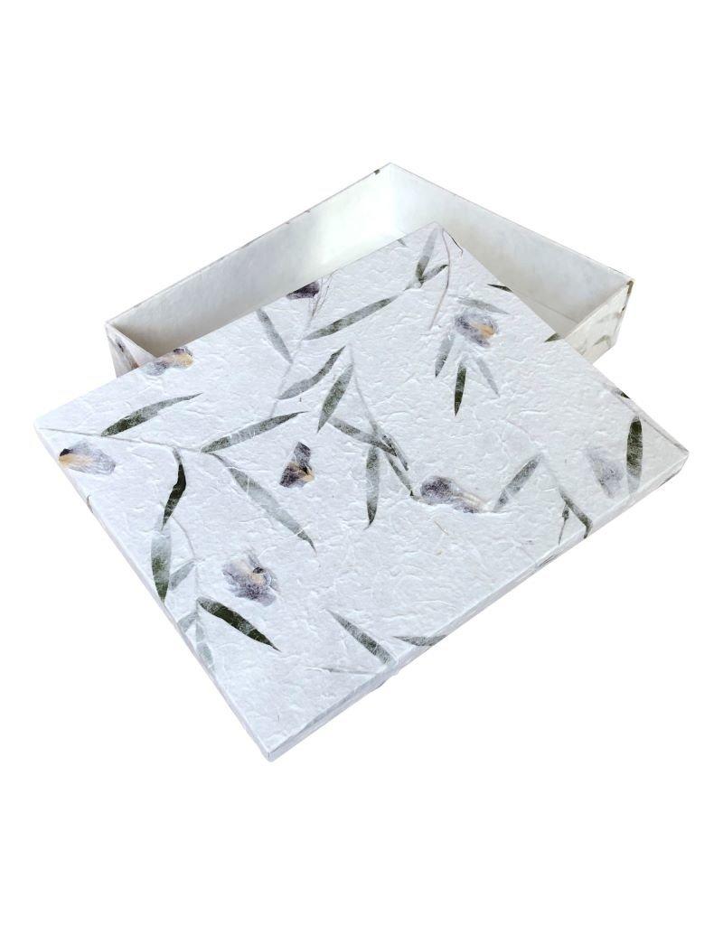 Memory keepsakebox flowers/bambooleaves.