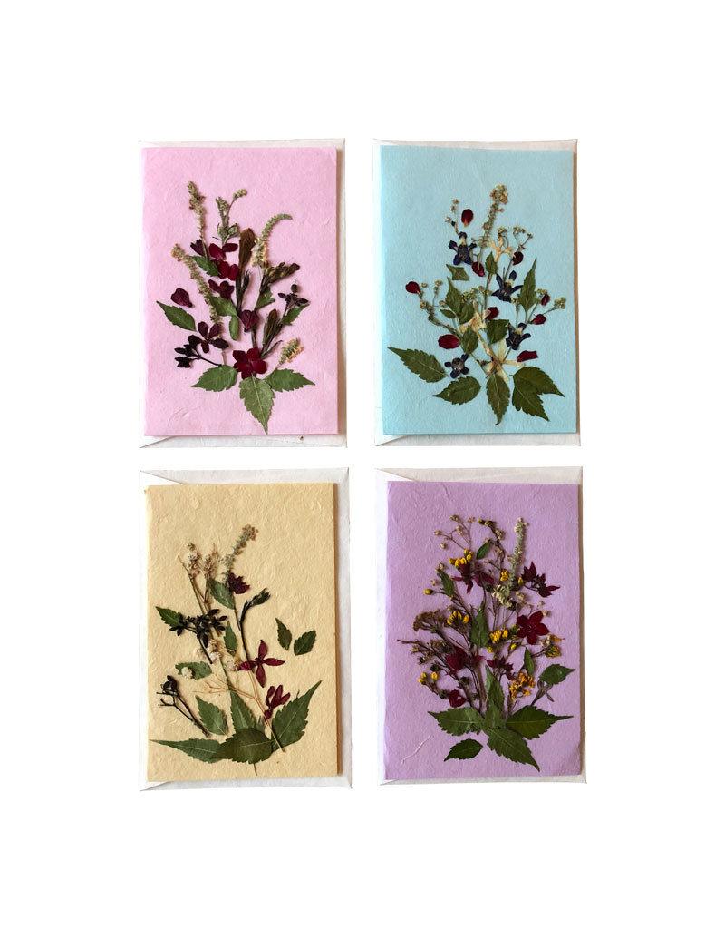 Set of 8 cards/envelopes