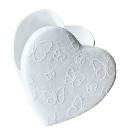TH442 Heartshape box with white butterflyprint