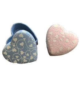 TH269 petite boîte en forme de coeur impression petits coeurs