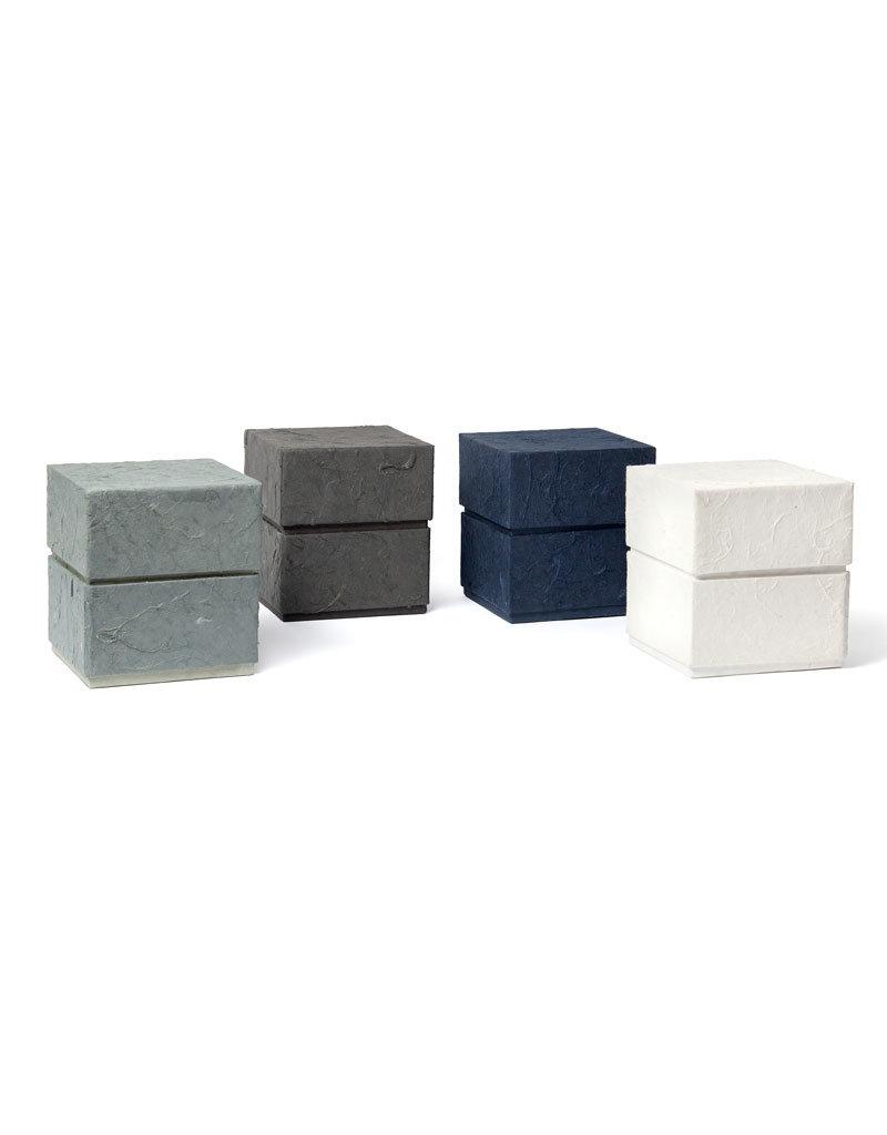Olino  Eco urn uni kleur bekleed met natuurpapier
