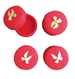 . TH761 4 round boxes bow