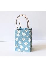 Tasche aus Maulbeerpapier mit Blumendruck. 10 St