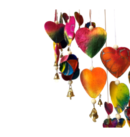 TH387 Mobile kleurrijke hartjes
