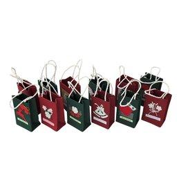 . TH385 Set van 12 kerst tasjes  M
