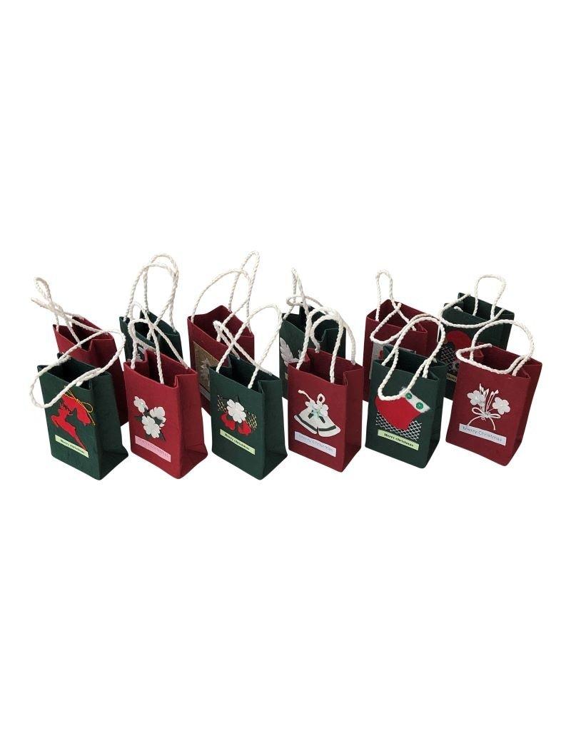 . TH383 Set van 12 kerst tasjes