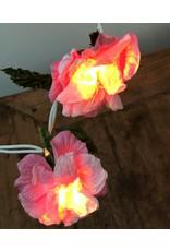 Light pendulum of paper flowers