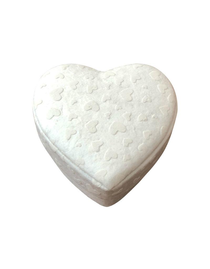 Hartvormig doosje met hartjesprint
