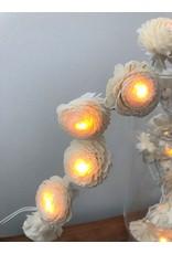 . Chaîne lumineuse avec fleurs de jasmin
