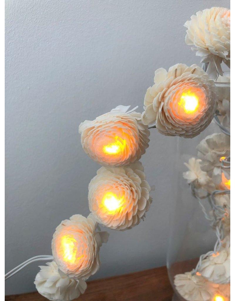 . Lightchain with jasmin flowers