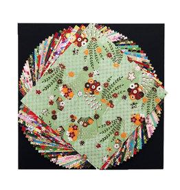 JP185 lot de 30 feuilles aux dessins divers 15x15cm