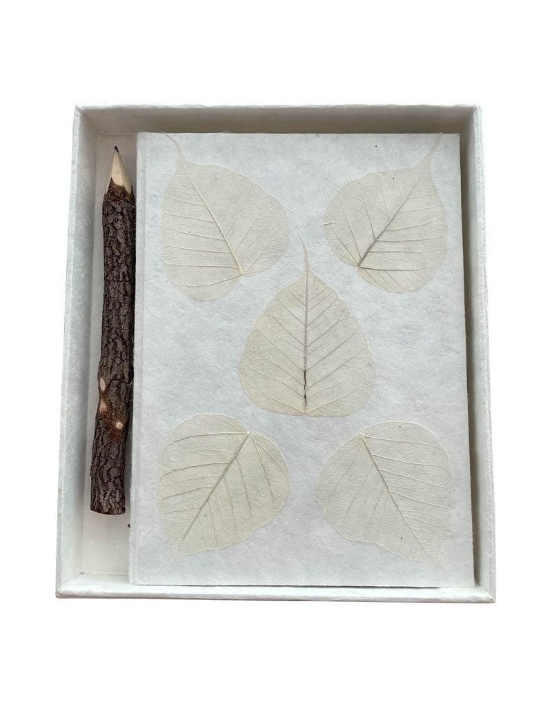 Notebook mulberrypapier, doos en potlood