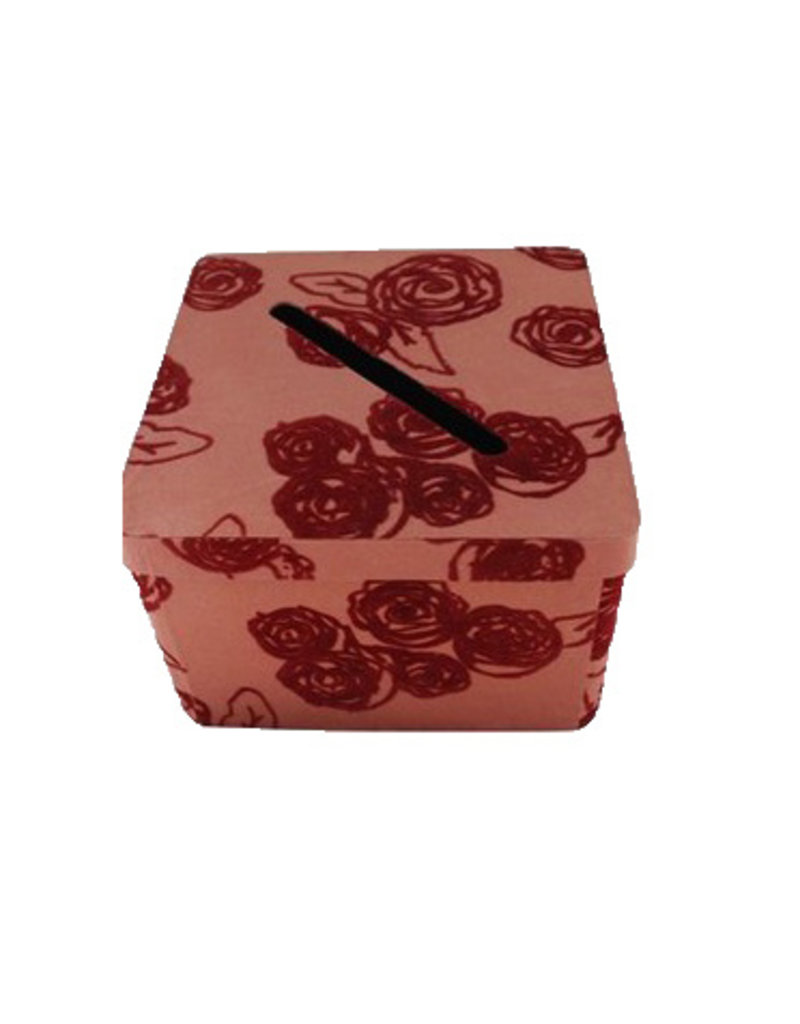 Foldable box decorated with roses