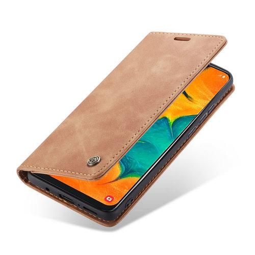 CaseMe CaseMe - Samsung Galaxy A40 hoesje - Wallet Book Case - Magneetsluiting - Licht Bruin