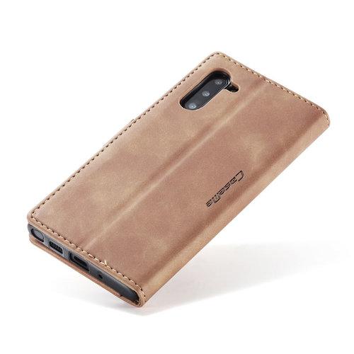 CaseMe CaseMe - Samsung Galaxy Note 10 hoesje - Wallet Book Case - Magneetsluiting - Licht Bruin