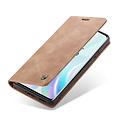 CaseMe CaseMe - OnePlus 8 hoesje - Wallet Book Case - Magneetsluiting - Licht Bruin