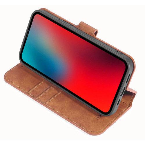 CaseMe CaseMe - iPhone 12 Mini Hoesje - Met Magnetische Sluiting - Ming Serie - Leren Book Case - Licht Bruin