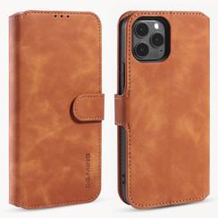 CaseMe - iPhone 12 / 12 Pro Hoesje - Met Magnetische Sluiting - Ming Serie - Leren Book Case - Licht Bruin
