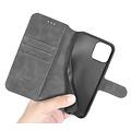 CaseMe CaseMe - iPhone 12 / 12 Pro Hoesje - Met Magnetische Sluiting - Ming Serie - Leren Book Case - Grijs