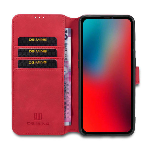 CaseMe CaseMe - iPhone 12 / 12 Pro Hoesje - Met Magnetische Sluiting - Ming Serie - Leren Book Case - Rood