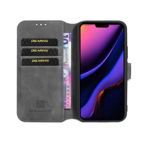 CaseMe CaseMe - iPhone 12 Pro Max Hoesje - Met Magnetische Sluiting - Ming Serie - Leren Book Case - Grijs
