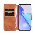 CaseMe CaseMe - OnePlus 9 Hoesje - Met Magnetische Sluiting - Ming Serie - Leren Book Case - Licht Bruin