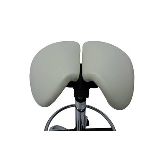 Split-seat saddle chair white