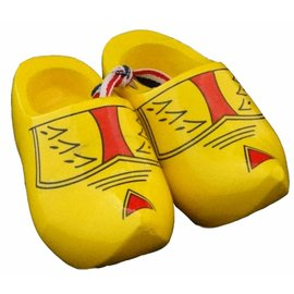 Souvenir woodenshoes 12cm farmer yellow