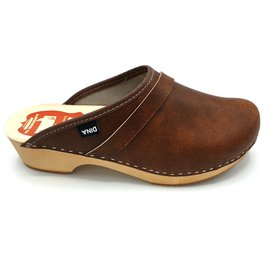 DINA DINA Leather clogs Brown