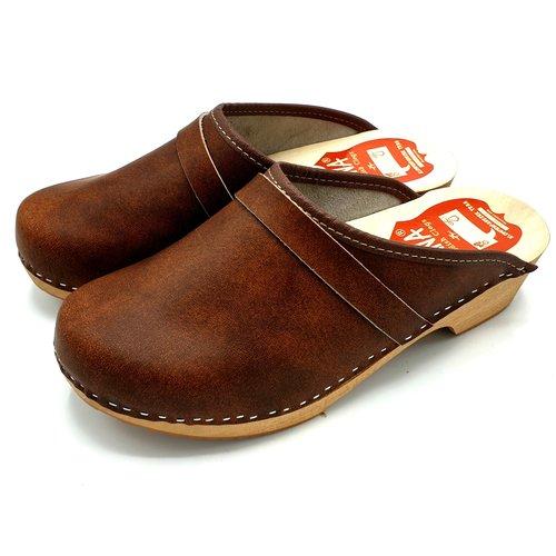 DINA DAAN Leather clogs Brown