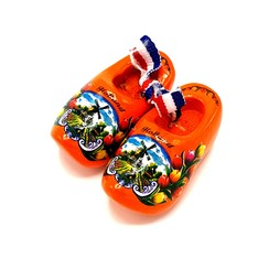 Souvenir klompenpaartje 5cm Oranje