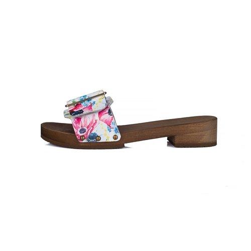 DINA Sandalen brede gesp bloemenfeest