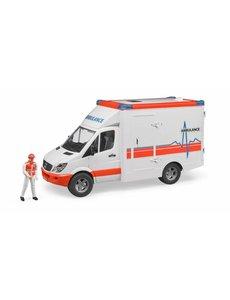 Bruder 2536 - Mercedes Benz Sprinter ambulance met chauffeur