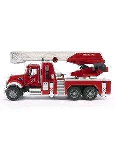 2821 - Mack Granite brandweer ladderwagen met waterpomp
