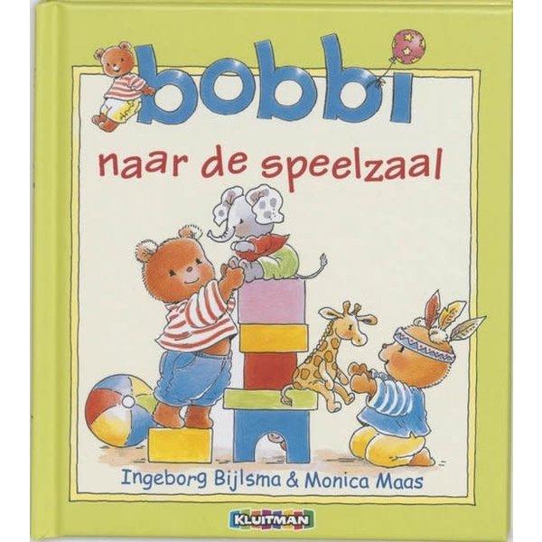 Kluitman Bobbi naar de speelzaal